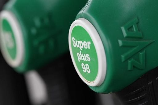 Diesel wordt 1 cent goedkoper