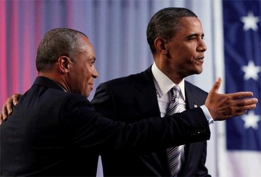 Campagneteam Obama spot met rel om geboortecertificaat