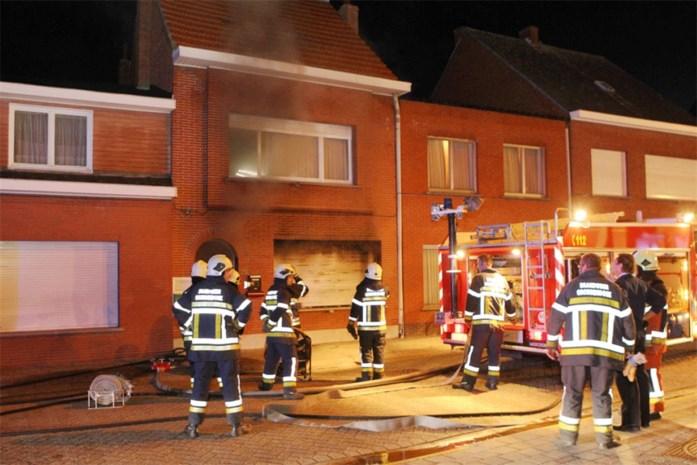 Twee gewonden bij woningbrand
