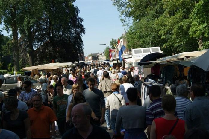 Feestmarkt brengt massa op de been in Kapellen