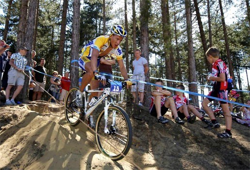 Tom Meeusen wint Mountainbike Grand Prix in Averbode