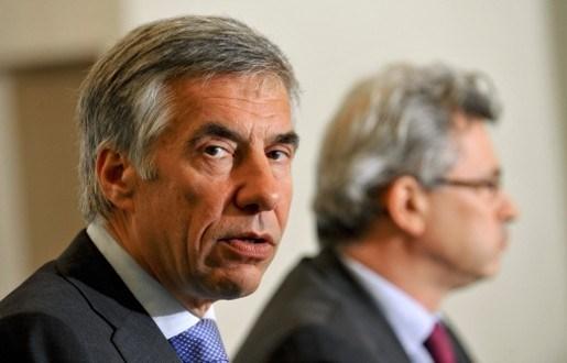 Carl Devlies belooft Di Rupo 1 miljard euro uit fraudebestrijding