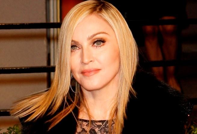 Madonna duikt opnieuw de studio in
