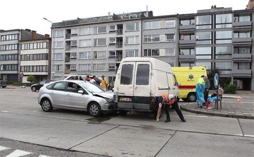 Enkele gewonden bij verkeersongeluk in Deurne