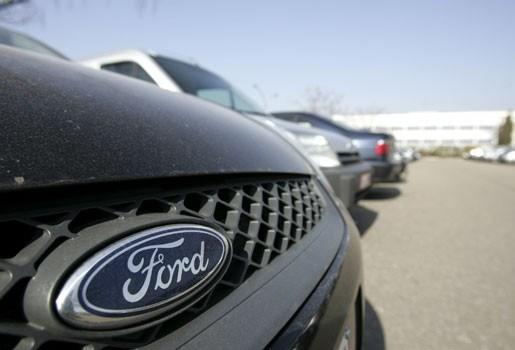 Ford Genk werft honderden nieuwe mensen aan