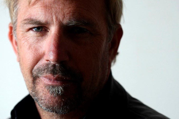 Kevin Costner wordt sadistische slavendrijver