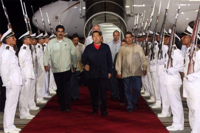 Zieke Hugo Chavez alweer terug in Venezuela