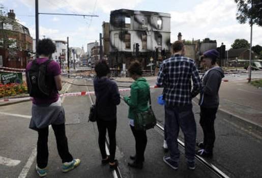 België maant vakantiegangers in Britse grootsteden aan tot voorzichtigheid