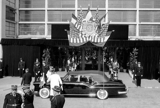 Presidentiële limousine opnieuw te koop