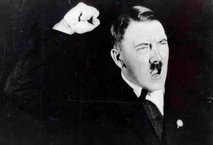 Agent moet wassen Hitler bewaken