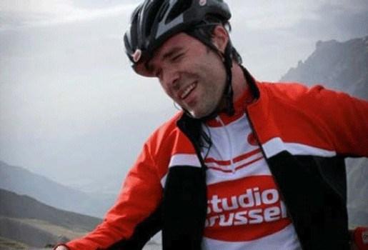 Tomas De Soete klimt met 2.500 Vlamingen de Galibier op