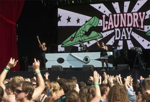 Bijna 60.000 mensen bouwen feestje op dancefestival Laundry Day