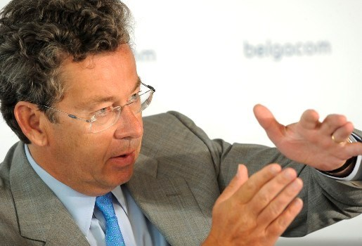 Belgacom-topman haalt omstreden assistente op eigen houtje weer binnen