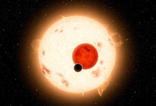 Primeur: planeet met twee zonnen ontdekt