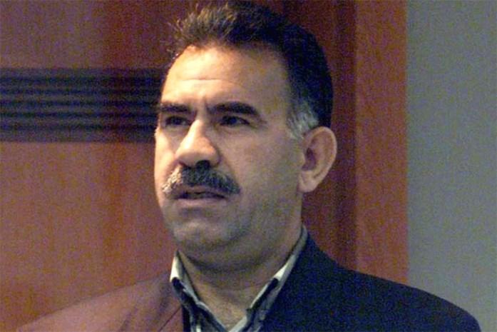 2.500 Koerden klagen in Brussel gevangenschap Öcalan aan