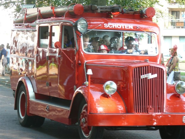 Brandweerstoet bekroont jubileumjaar