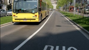 Al zeven  bussen bekogeld met stenen in Charleroi