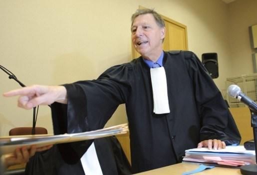 Janssen bekritiseert speurders en Vermassen