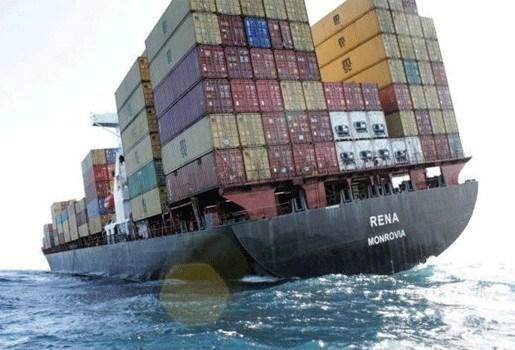 Nieuwe milieuramp? Containerschip dreigt te breken