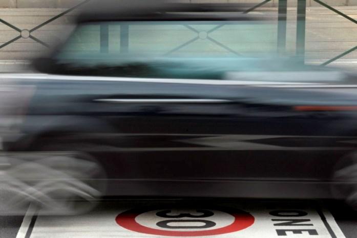 Jonge bestuurders vinden te snel rijden aanvaardbaar
