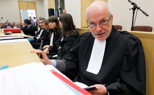 Advocaat Ronald Janssen wil lagere schadevergoedingen