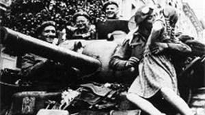 Antwerpen anno 1944: Dikke kus voor bevrijders van de stad