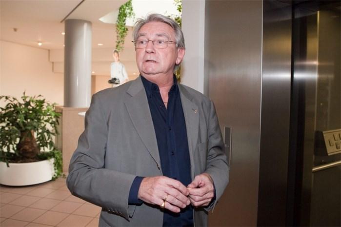 Jean-Marie Philips geeft de fakkel door bij Sporting Lokeren