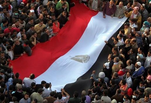 Duizenden betogers op Tahrirplein eisen einde militair bestuur