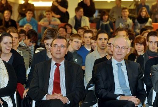 """Herman Van Rompuy: """"Ik hoop dat de onderhandelaars zich zeer snel herpakken"""""""