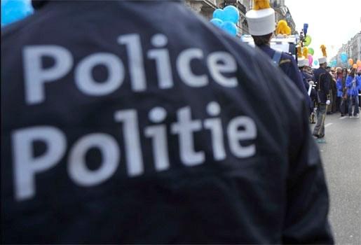Hoofdcommissaris Antwerpse federale politie betrapt op openbare zedenschennis