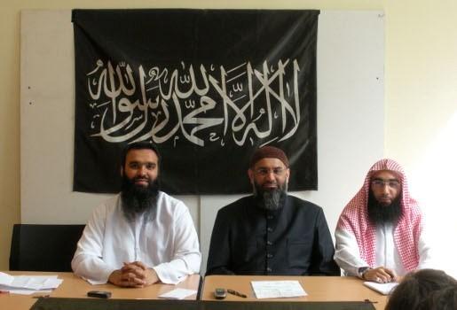 Kalasjnikov gevonden  bij lid Sharia4Belgium