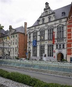 Bouwpromotor koopt voormalig postgebouw voor 1,280 miljoen euro