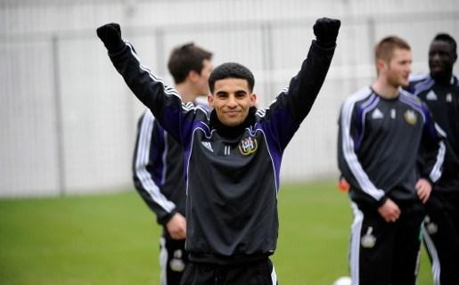 Mbark Boussoufa traint mee met Anderlecht