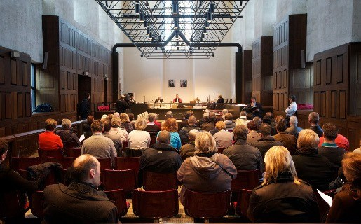 Primeur: Assisenproces zonder beklaagden of burgerlijke partijen