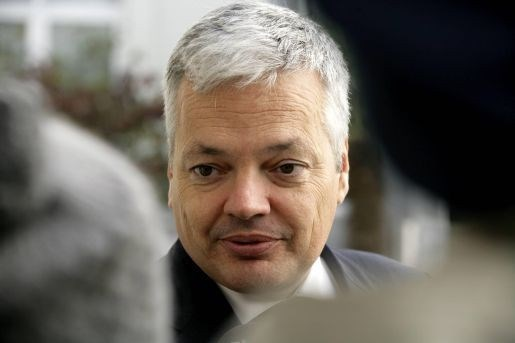Reynders verdedigt pensioenplannen van Van Quickenborne