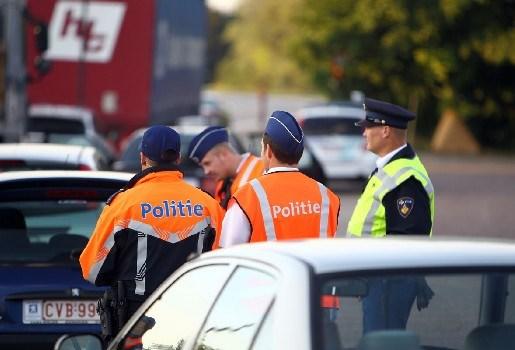 Man krijgt 46 uur werkstraf voor agressie tegen politiemannen