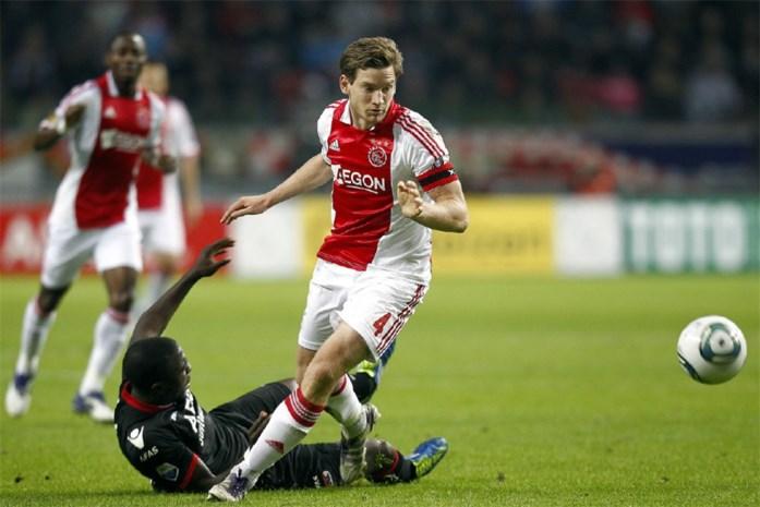 Ajax en AZ spelen voor 20.000 schoolkinderen