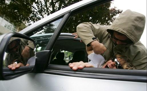 Antwerpse politie vat zware jongens na reeks carjackings