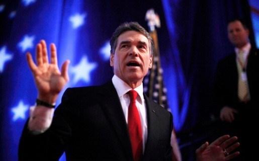 Perry verlaat  presidentsverkiezingen en steunt Gingrich