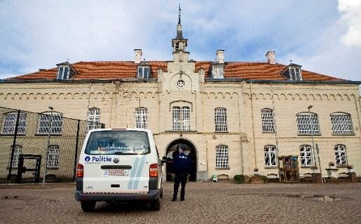 Moeder veroordeeld voor hulp bij ontsnapping zoon in Merksplas
