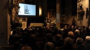 Phil Bosmans preekt postuum tijdens eigen begrafenismis