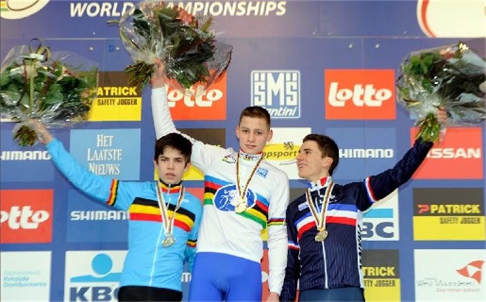 topfavoriet mathieu van der poel wint wk veldrijden bij junioren: www.gva.be/sport/wielrennen/gva-trofee/aid1111178/topfavoriet...