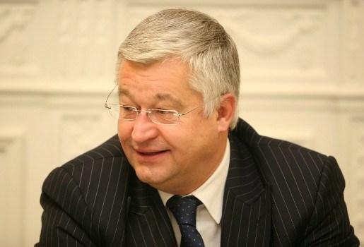 """Vanhengel: """"Brussel wil bijspringen bij federale begroting"""""""