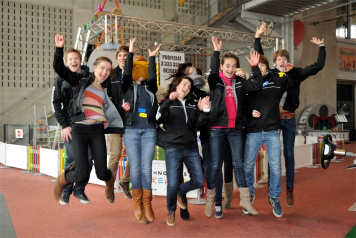 Technopolis viert 3.333.333 bezoekers met Molse school