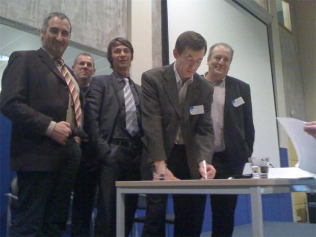 Scholengroepen ondertekenen charter