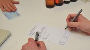 Dokter schrijft ziektebriefje voor 5 euro