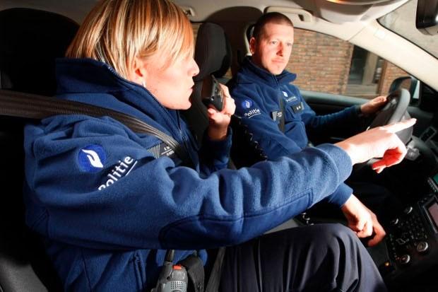 Verdachte Roemeense auto gespot in Leest