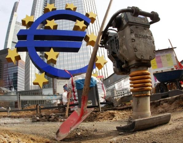 ECB laat rente staan op 1 procent