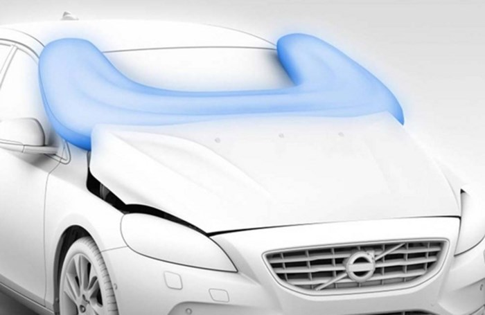 Volvo presenteert eerste externe airbag