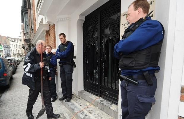 Verdachte moskee-aanslag werkt niet mee